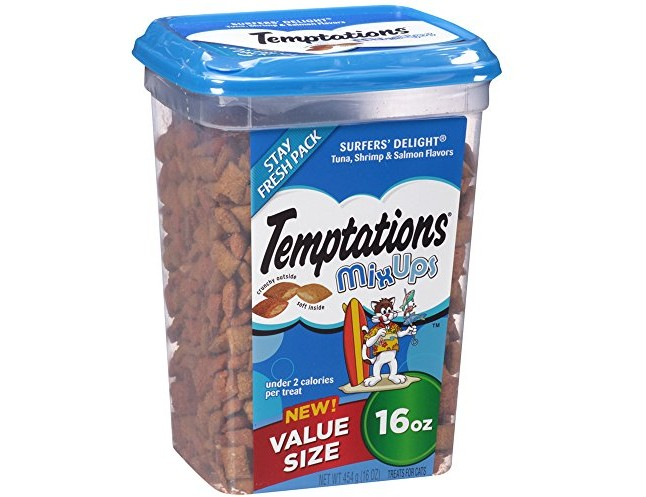 TEMPTATIONS MixUps Treats for Cats SURFER'S DELIGHT Flavor 16 Ounces, With Our Mouthwatering Menu We Have a Flavor For Every Feline $4.75 (reg. $7.99)