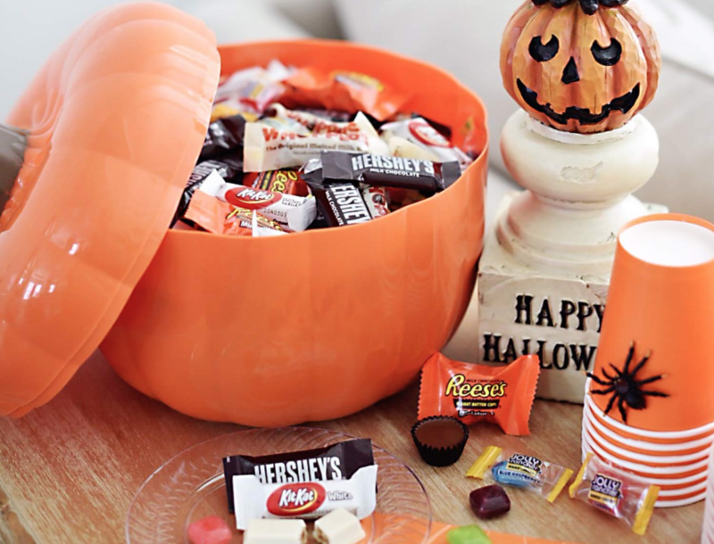 Deal of the Day: Save 25% on select candy for Halloween!
