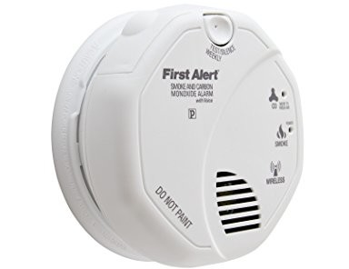 First Alert Wireless Interconnected Photoelectric Smoke and Carbon Monoxide Combo Alarm with Voice and Location, SCO500B