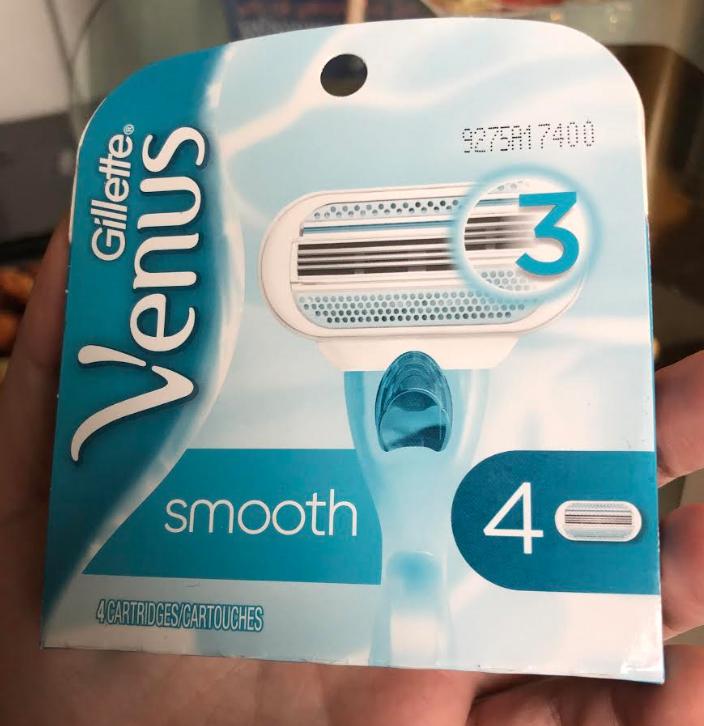 *HOT* Gillette Venus Smooth Women's Razor Blades, 4 Refills